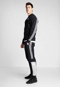 adidas Performance - CREW - Sweater - black/white - 1
