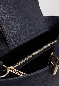 Tommy Hilfiger - CORE SATCHEL - Handbag - blue - 4