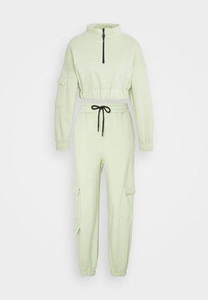 SET - Sweatshirts - khaki