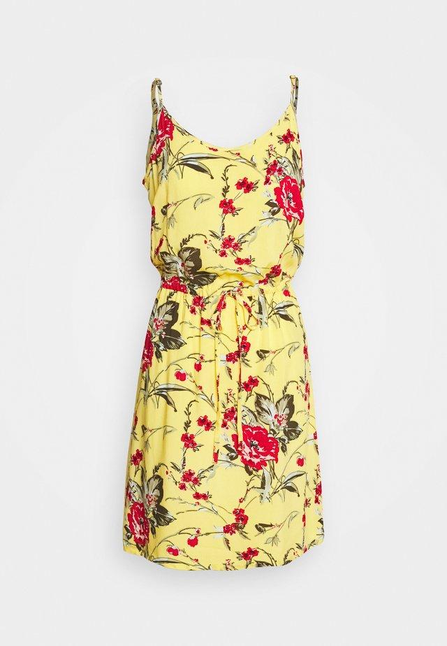 VMSIMPLY EASY SINGLET DRESS - Vestido informal - banana cream/tyra