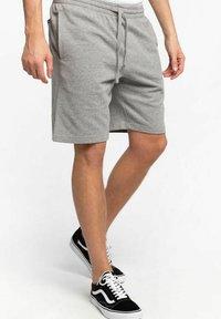 Vans - Shorts - grey - 2