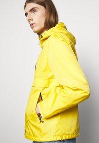 Polo Ralph Lauren - BELPORT HOODED - Tunn jacka - signal yellow - 3
