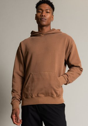 LUCIANO - Hoodie - camel
