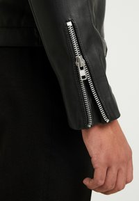 Samsøe Samsøe - SPIKE JACKET  - Leather jacket - black - 3