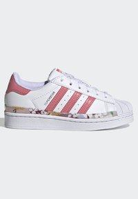 adidas Originals - SUPERSTAR SHOES - Sneakers laag - ftwr white/hazy rose/hazy rose - 6