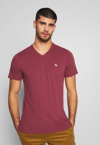 Abercrombie & Fitch - ICON VEE COLOR MULTIPACK 3 PACK - Camiseta básica - brown/green/burg - 4