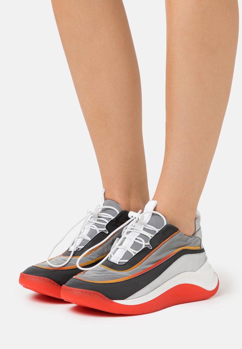 Sportmax - FLIPPER - Trainers - arancio