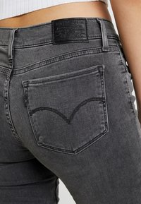 Levi's® - 710 INNOVATION SUPER SKINNY - Jeans Skinny - word on the street - 5