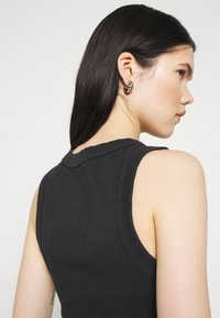 Abrand Jeans - HEATHER SINGLET - Top - black sea - 3