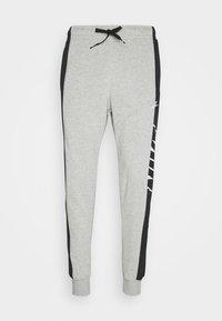 grey heather/black/white