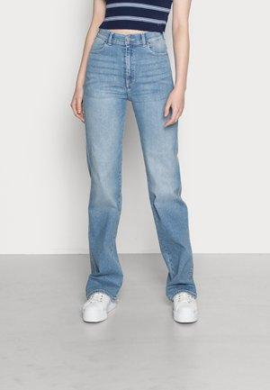 MOXY STRAIGHT - Straight leg jeans - breeze mid worn hem