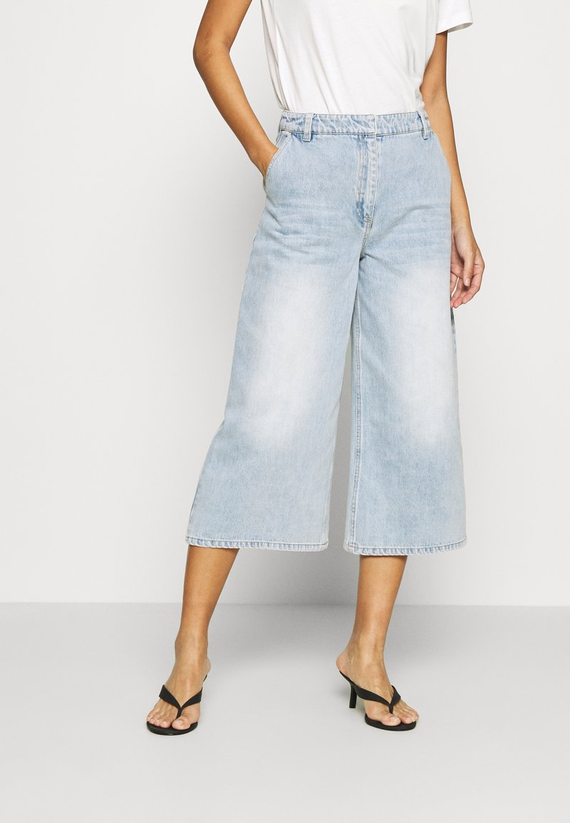 Who What Wear - CULOTTE - Relaxed fit jeans - fade into