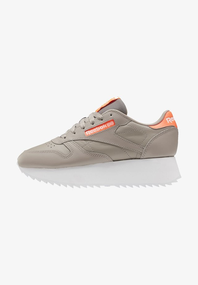 CLASSIC LEATHER DOUBLE SHOES - Sneakersy niskie - grey