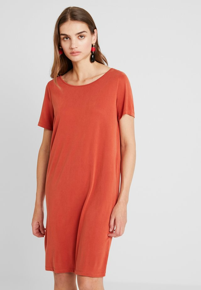VITRINY DRESS - Robe en jersey - ketchup