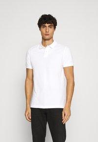 Pier One - 2 PACK - Poloshirts - white/black - 2