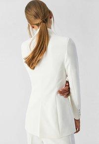 IVY & OAK BRIDAL - DOUBLE BREASTED TUXEDO - Blazer - white - 2