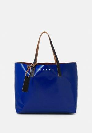 TRIBECA SHOPPING BAG UNISEX - Tote bag - royal/burgundy/black
