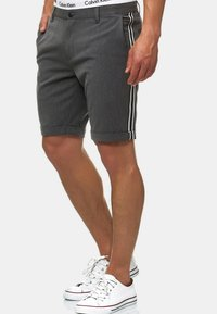 INDICODE JEANS - Shorts - charcoal - 4