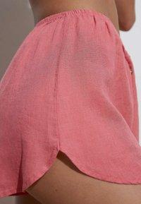 OYSHO - Shorts - pink - 3