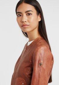 Gipsy - Leather jacket - cognac - 3