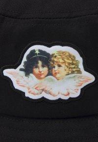 Fiorucci - ICON ANGELS BUCKET HAT UNISEX - Hat - black - 3