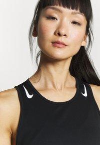 Nike Performance - AEROSWIFT SINGLET - Camiseta de deporte - black - 3