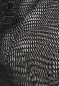 Hunkemöller - EFFIE BIG CUP UP - Underwired bra - caviar - 2