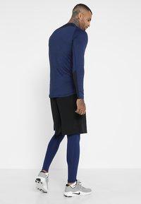 Nike Performance - T-shirt de sport - blue void/black - 2