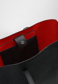 Even&Odd - Tote bag - black/red - 4