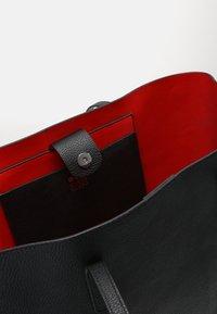 Even&Odd - Velká kabelka - black/red - 4
