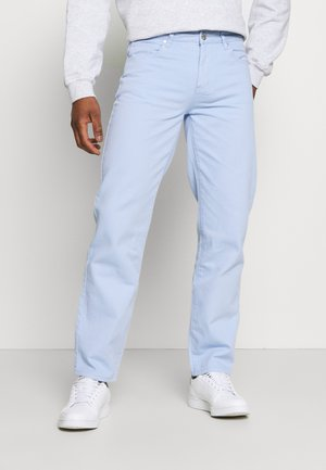 AFTERMATH STRAIGHT LEG TROUSER - Vaqueros rectos - light blue