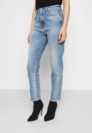 D-EISELLE - Slim fit jeans - blue denim