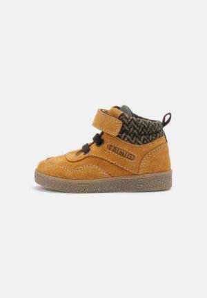 UNISEX - Sneakers hoog - senape