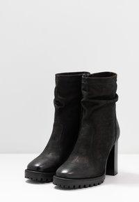 Steven New York - ELVIRA - Kotníková obuv na vysokém podpatku - black - 4