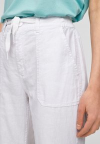 QS by s.Oliver - Trousers - white - 3