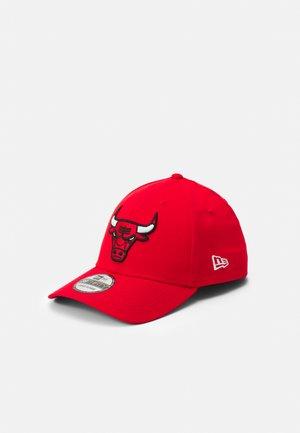 CORE NBA 39THIRTY UNISEX - Pet - red