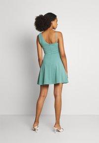 WAL G. - RIRI SKATER DRESS - Koktejlové šaty/ šaty na párty - sage green - 2