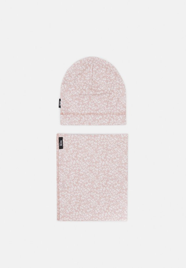 BEANIE SET UNISEX - Scaldacollo - strawberry cream