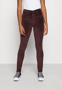 Levi's® - 721 HIGH RISE SKINNY - Jeans Skinny Fit - bordeaux - 0