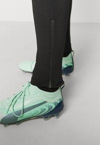 Puma - FTBLNXT PANTS - Leggings - black/luminous pink - 3