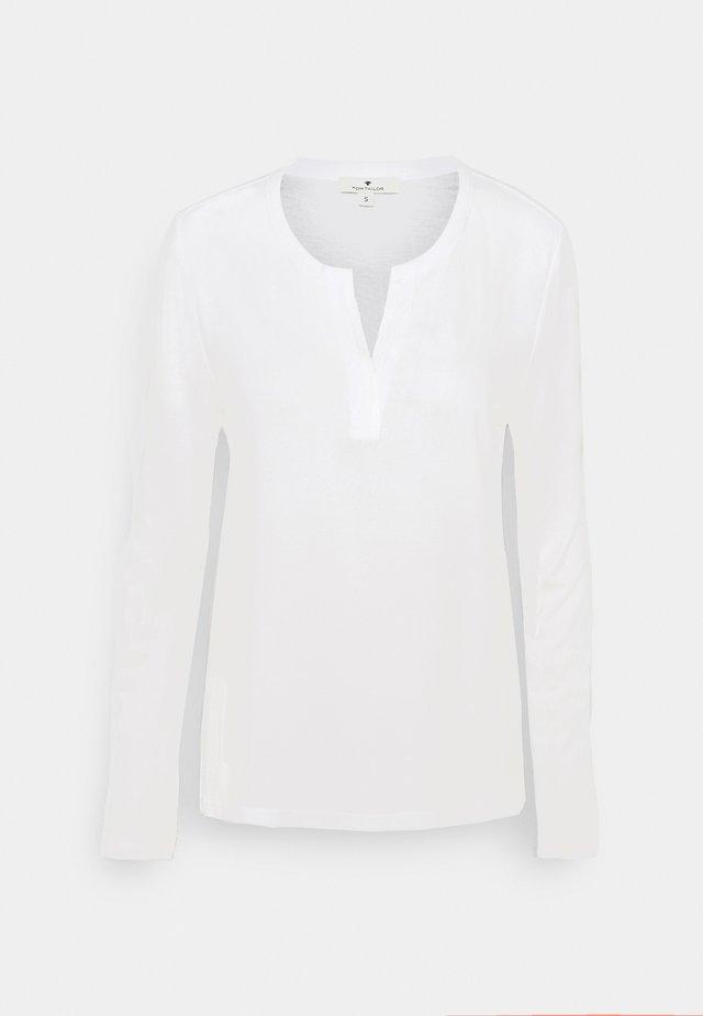 Camicetta - whisper white