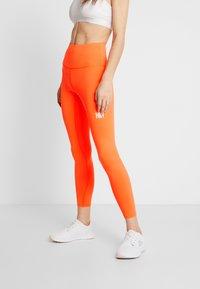 HIIT - BONNIE CORE LEGGING - Legginsy - orange - 0