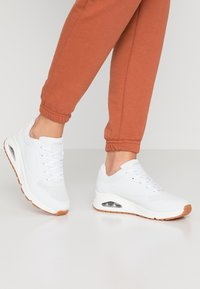 Skechers Sport - UNO - Sneakers laag - white - 0