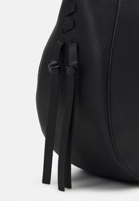 LIU JO - CROSSBODY - Across body bag - nero - 3