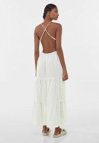 Bershka - Maxiklänning - white - 2