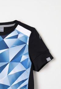 Head - MEDLEY - T-shirts print - sky blue/yellow - 4