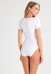 Skiny - DAMEN BODY KURZARM - Body - white - 2