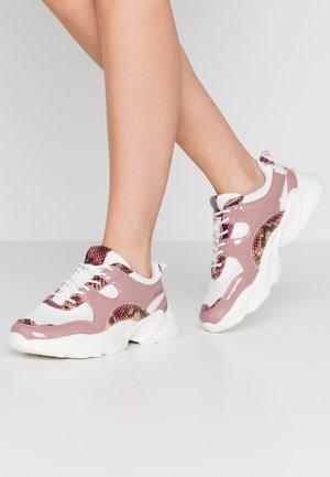 BIACASE - Sneakers - powder