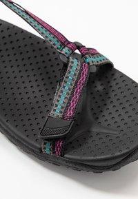 Skechers - REGGAE - Chodecké sandály - black/teal/pink - 2