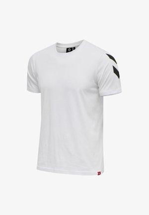 LEGACY CHEVRON  - Print T-shirt - weiss